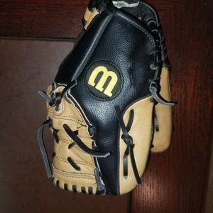 Wilson size 11 lefty kids baseball glove
